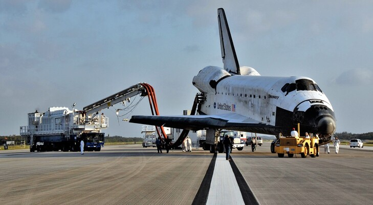 spacex\'s first nasa astronaut launch closer than