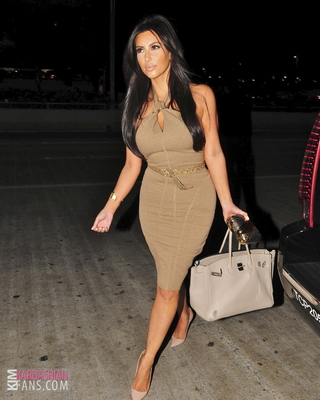 金·卡戴珊 images kim arrives to lax